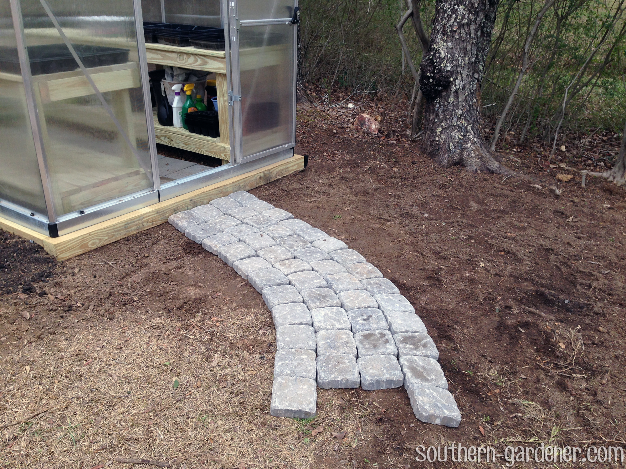 Diy Paver Walkway The Southern Gardener