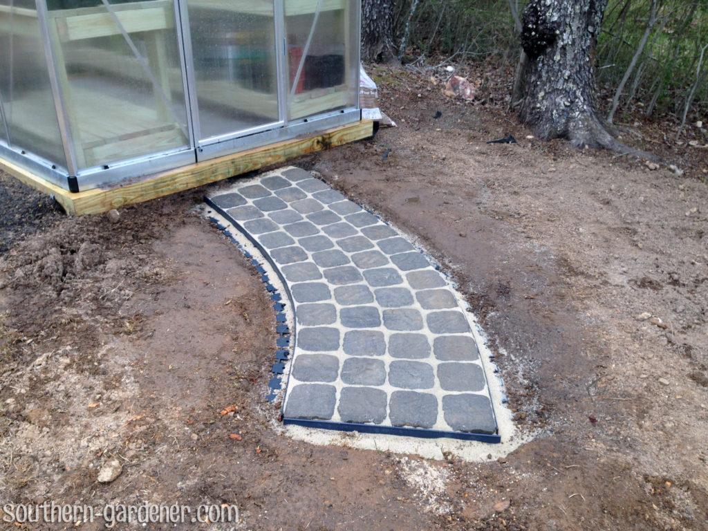 DIY curved paver walkway